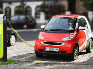 Electric-Car-recharging